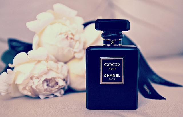 parfum-coco-noir-chanel